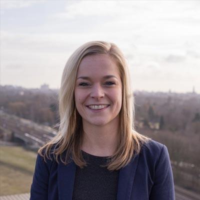 Laura van Heesch Headshot