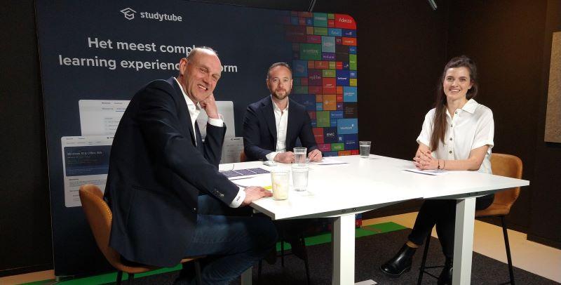 Prof. dr. Nick van Dam, Robert van den Eeckhout en Anna Newen tijdens het webinar over de L&D Monitor 2021